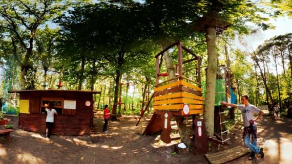 Noclegi Ustronie Morskie | Park linowy Gibon
