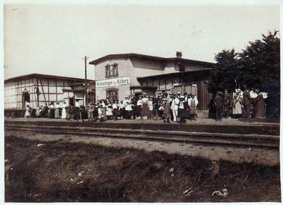 Noclegi Ustronie Morskie | Henkenhagen dworzec kolejowy