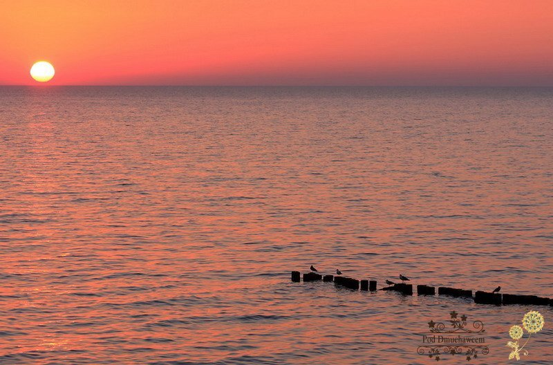 Ustronie Morskie Noclegi blisko Plaży | Zachód słońca