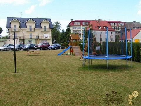 Ustronie Morskie Noclegi | Pensjonat Pod Dmuchawcem - Plac zabaw