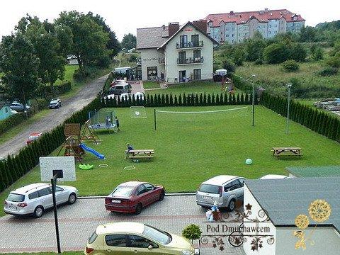 Ustronie Morskie Noclegi | Pensjonat Pod Dmuchawcem - Parking i plac zabaw